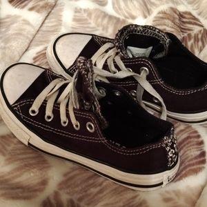 Converse boy shoe size 12